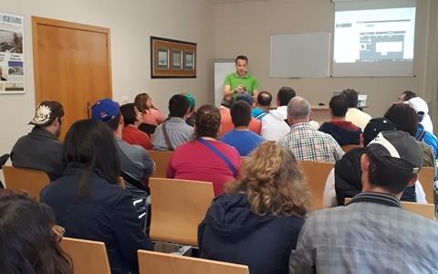 Visita de usuarios del Centro Ocupacional de Pando